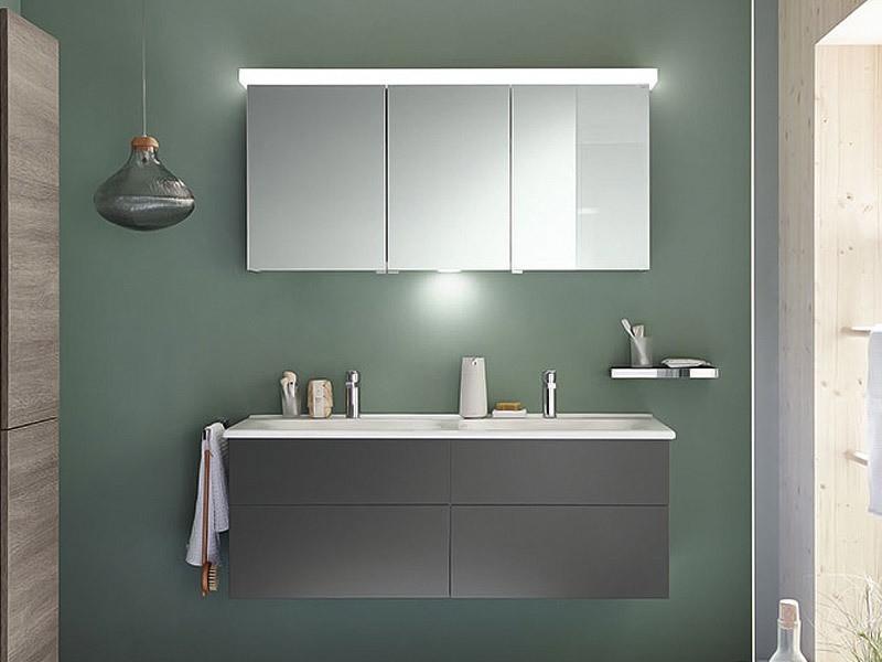 burgbad essento spiegelschrank mit led beleuchtung. Black Bedroom Furniture Sets. Home Design Ideas