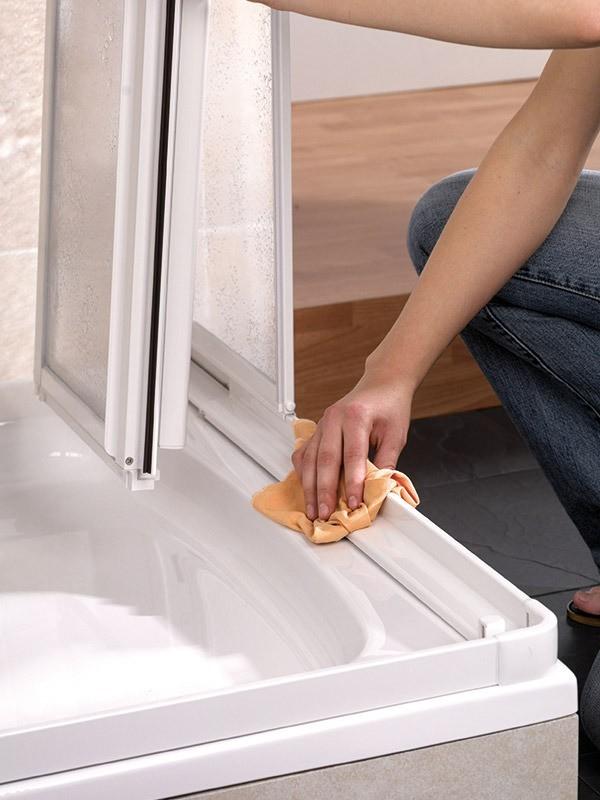 hsk prima eckeinstieg duschkabine mit gleitt r 2 teilig. Black Bedroom Furniture Sets. Home Design Ideas