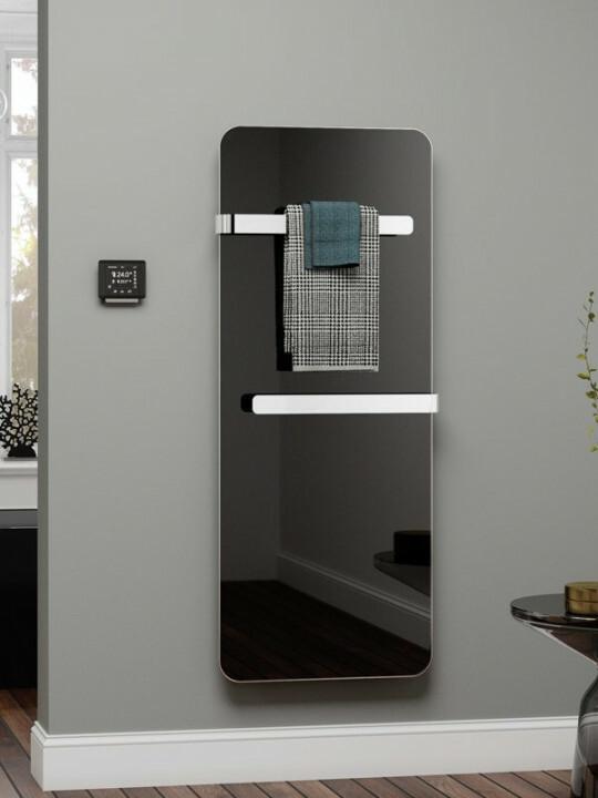 Infrarot Badheizung mit Handtuchhalter