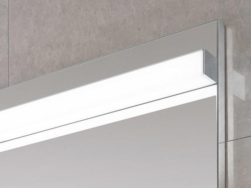 laguna badspiegel mit waagerechter led beleuchtung. Black Bedroom Furniture Sets. Home Design Ideas