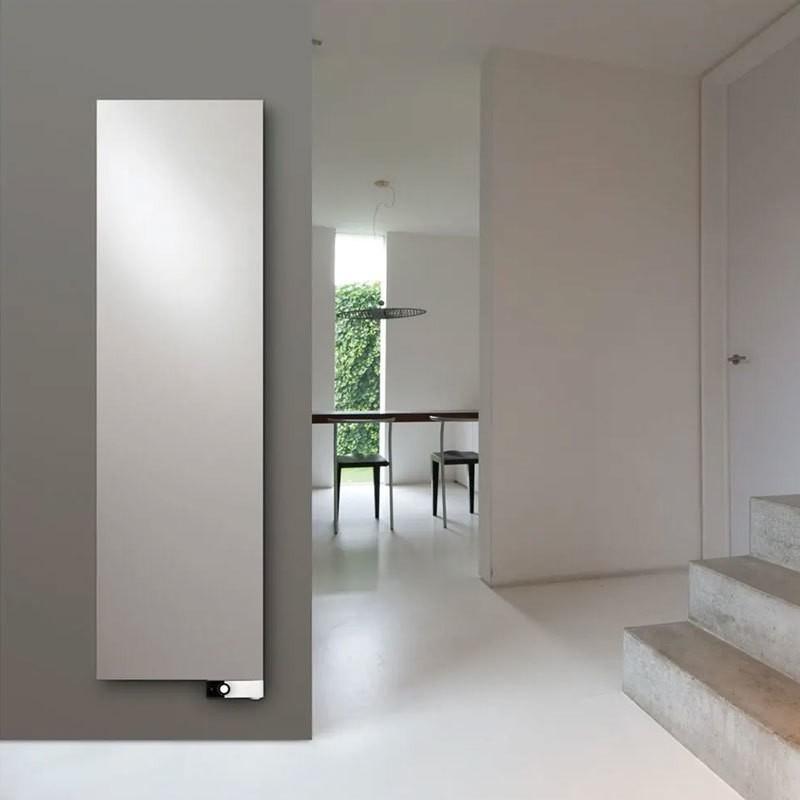 vasco niva vertikal design heizk rper. Black Bedroom Furniture Sets. Home Design Ideas