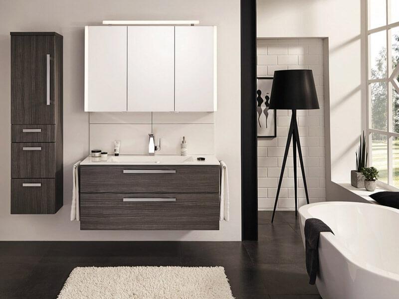 badm bel duschkabinen badheizk rper etc online bestellen. Black Bedroom Furniture Sets. Home Design Ideas