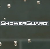 mit ShowerGuard Easy-to-clean Oberfläche